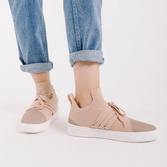 Steve Madden Lancer Blush Pink Sneakers